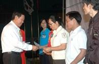 LĐLĐ Bình Dương: Trao tặng hơn 300.000 phần quà và 10.000 vé xe cho công nhân về quê đón tết