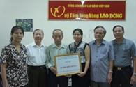 CLB Sĩ quan hưu trí Công an TP.Hà Nội ủng hộ 30 triệu đồng xây dựng Khu Tưởng niệm chiến sĩ Gạc Ma