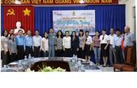 Quỹ Tấm Lòng Vàng tiếp nhận và bàn giao 19.000 quyển vở hỗ trợ học sinh nghèo các tỉnh Nam Trung bộ