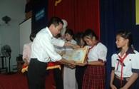 Quỹ TLV Lao Động: Trao 12 suất học bổng tới học sinh có hoàn cảnh khó khăn tỉnh Tây Ninh