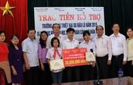 Quỹ Tấm Lòng Vàng trao 245 triệu đồng hỗ trợ thầy và trò tỉnh Bắc Giang