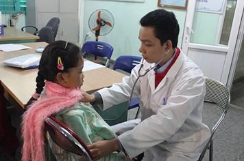 1400 trẻ nhỏ tại Quảng Bình được khám sàng lọc bệnh tim miễn phí
