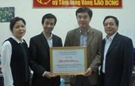 """CNVCLĐ tỉnh Quảng Bình ủng hộ thêm 200 triệu đồng tới chương trình """"Nghĩa tình Hoàng Sa, Trường Sa"""""""