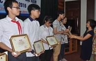 CĐ Y tế Việt Nam: Trao học bổng Tấm lòng vàng- Đại Nam tới 10 em học sinh