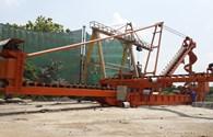 Tự hào trí tuệ lao động Việt Nam: Hệ thống thiết bị xuất bao xuống tàu sông