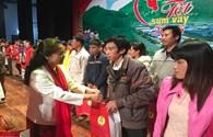 """Chương trình """"Tết sum vầy 2016"""": Mang Tết sớm đến công nhân lao động nghèo tỉnh Vĩnh Phúc"""