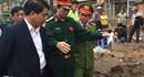 Chủ tịch UBND TP Nguyễn Đức Chung đến hiện trường chỉ đạo khắc phục hậu quả