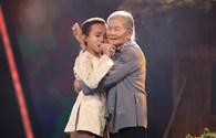 """Hồ Văn Cường hát """"Bà Năm"""" khiến khán giả nghẹn ngào rưng rưng"""