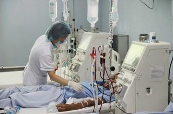 Hòa Bình: 18 bệnh nhân chạy thận bị sốc phản vệ, 5 người tử vong