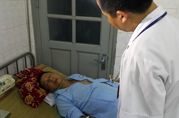 """Sự cố chạy thận 7 người chết: """"Cơn ác mộng"""" của bác sĩ"""