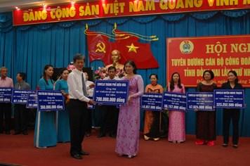Công nhân viên chức lao động Đồng Nai ủng hộ biển đảo hơn 6 tỷ đồng
