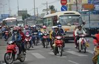 Cửa ngõ TPHCM ùn tắc vì hàng nghìn xe máy, ôtô nối đoàn dài trở về sau nghỉ lễ