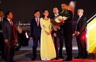 Chân dung nữ sinh Việt tặng hoa Tổng thống Obama