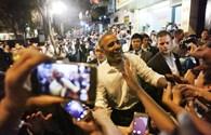 Những khoảnh khắc đáng nhớ trong ngày đầu Tổng thống Obama ở Việt Nam