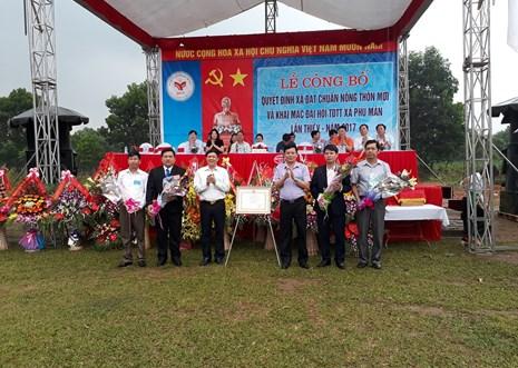 Xã Phú Mãn nhận bằng công nhận xã đạt chuẩn nông thôn mới 2016