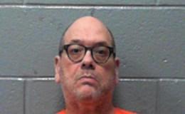"""Nhà báo Mỹ bị bắt giam vì """"hung hăng"""" phỏng vấn bộ trưởng của ông Trump"""