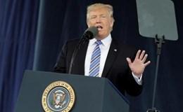 Ông Trump bị yêu cầu công khai băng ghi âm với James Comey