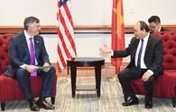 Chùm ảnh: Thủ tướng Nguyễn Xuân Phúc chứng kiến lễ trao các thỏa thuận hàng tỉ USD