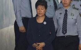 Bà Park Geun Hye ngồi tù Hàn Quốc, lĩnh án tử ở Triều Tiên