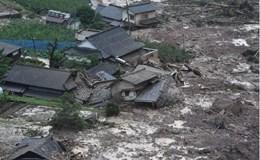 Hiện trường tan hoang sau mưa lớn bất thường ở Nhật Bản