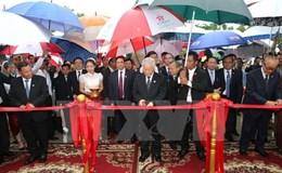Tổng Bí thư dự lễ khánh thành Đài Hữu nghị Việt Nam-Campuchia