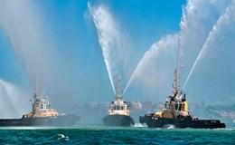 Hơn 100 chiến hạm Nga rầm rộ phô diễn sức mạnh trong Ngày Hải quân