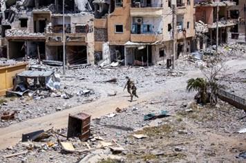 Quân đội Syria đè bẹp IS, chiếm lại 45% địa bàn phiến quân tại Raqqa