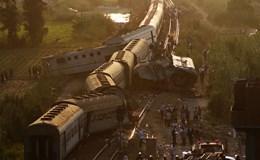 Tàu hỏa Ai Cập đâm nhau văng khỏi đường ray: 43 người chết, 122 người bị thương