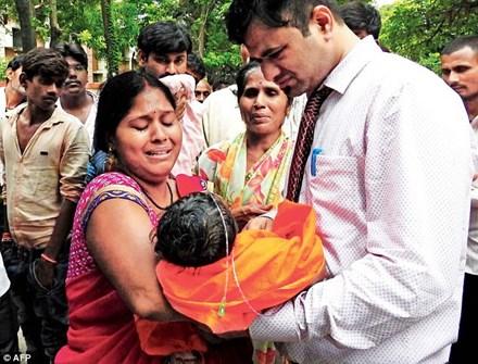 Thảm họa y tế Ấn Độ: 30 trẻ em thiệt mạng vì thiếu hụt oxy - ảnh 1