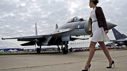 Không quân Nga lần đầu đào tạo dàn nữ phi công quân sự
