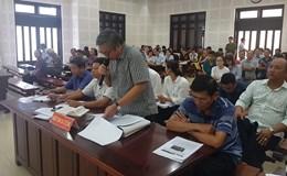 """Ngày thứ 5 xử kỳ án """"bán gỗ trắc tang vật"""" ở Quảng Trị: Những vi phạm tố tụng không thể khắc phục được"""