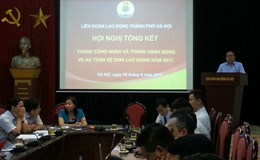 LĐLĐ TP. Hà Nội trao thưởng cho 25 tập thể
