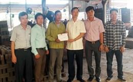 LĐLĐ tỉnh Bắc Giang: Thăm, tặng quà công nhân lao động bị tai nạn lao động