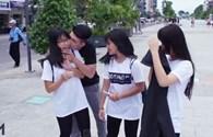 Giới trẻ đua nhau Kiss Cam theo trào lưu thế giới