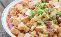 Ngày mưa nhấm nháp món đậu xốt Tứ Xuyên, canh chua sấu thịt với giá siêu rẻ