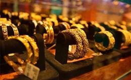Giá vàng ngày 18.5: Vàng trong nước đột ngột tăng vọt lên 100.000 đồng/lượng