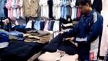 Thị trường quần áo đầu đông 2013: Vào vụ nhưng còn chờ dịp bùng nổ