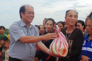 """Đến với những người mẹ """"đông con nhất Việt Nam"""""""