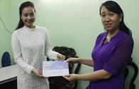 Ca sĩ Hà Thúy Anh trích nửa giải thưởng gửi tặng đồng bào miền Trung