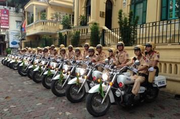 Bão số 14: Hơn 600 cán bộ, chiến sỹ CSGT Hà Nội lên đường làm nhiệm vụ trong chống bão Haiyan