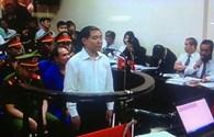 Bị cáo Dương Chí Dũng thề trước HĐXX không nhận hối lộ 10 tỷ đồng
