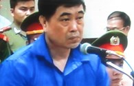 Xét xử Dương Chí Dũng: Luật sư đề nghị thực nghiệm lại động tác đút 2,5 tỉ đồng vào túi xách