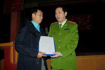 Ông Nguyễn Thanh Chấn được tòa mời làm việc để bồi thường 10 năm oan sai