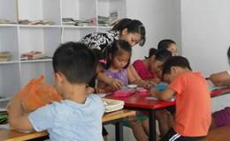 """Cuộc đua học chữ trước khi vào lớp 1, nên chăng có thêm lớp """"mầm già"""" cho trẻ?!"""