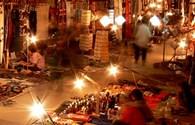 Dạo chơi chợ đêm Luang Prabang