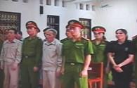 Ngày thứ hai xét xử vụ Đoàn Văn Vươn: Ai nổ súng trước?