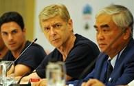 HLV Wenger: Mong đội Việt Nam không đá nhanh như... nói
