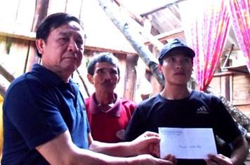 Quỹ Tấm lòng vàng Lao Động hỗ trợ CNVCLĐ Quảng Bình