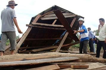 Dựng nhà, bắc cầu cho dân sau vụ vỡ đập thủy điện Ia Krêl 2