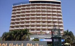 Nhảy tầng 12 khách sạn Hoàng Anh Gia Lai tự vẫn